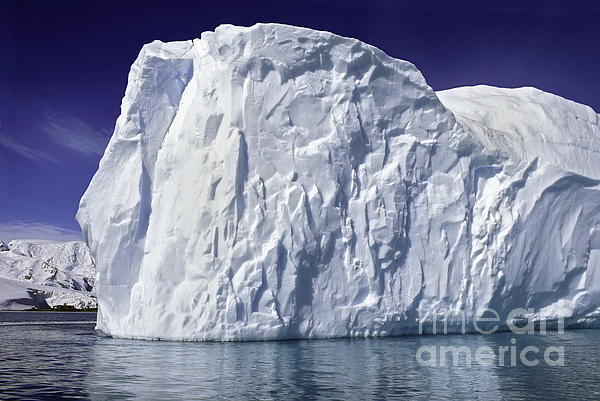 Background Photograph - Big Iceberg by Boon Mee