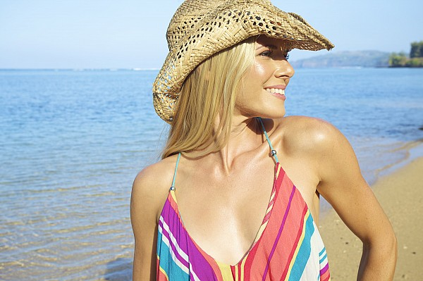 Bathingsuit Photograph - Blonde Woman In Hawaii by Kicka Witte
