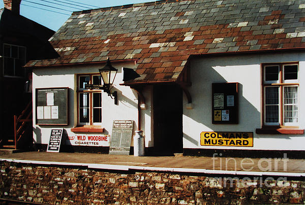Blue Anchor Photograph - Blue Anchor Ticket Office by Martin Howard
