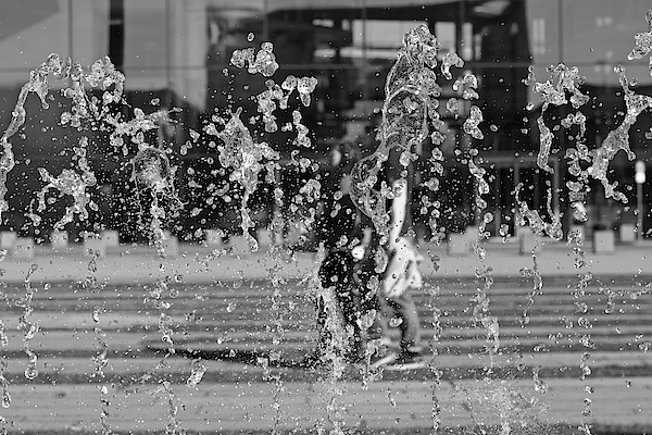 Blurred Motion Of Fountain Against Building Photograph by Aydin Aksakal / EyeEm