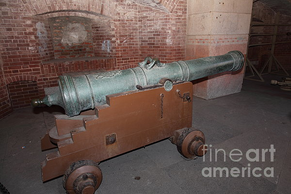 San Francisco Photograph - Cannon At San Francisco Fort Point 5d21503 by Wingsdomain Art and Photography