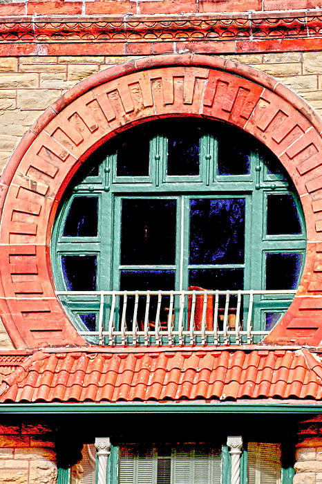 Window Photograph - Circle Window by Suzanne Barber