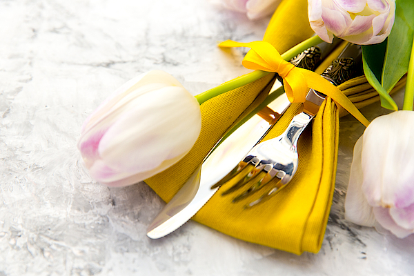 Easter Place Setting With Tulip Flowers Photograph by Victoriabee