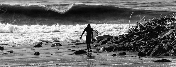 Rincon Photograph - Entering The Battle Zone by Ron Regalado