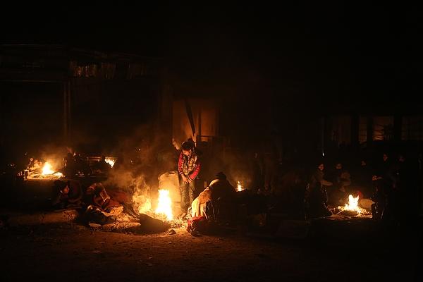 Evacuation Of Civilians In Aleppo Photograph by Anadolu Agency