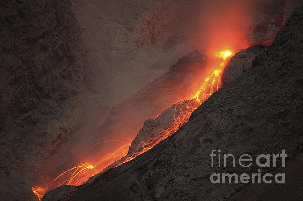 Horizontal Photograph - Extrusion Of Lava On Glowing Rockfalls by Richard Roscoe