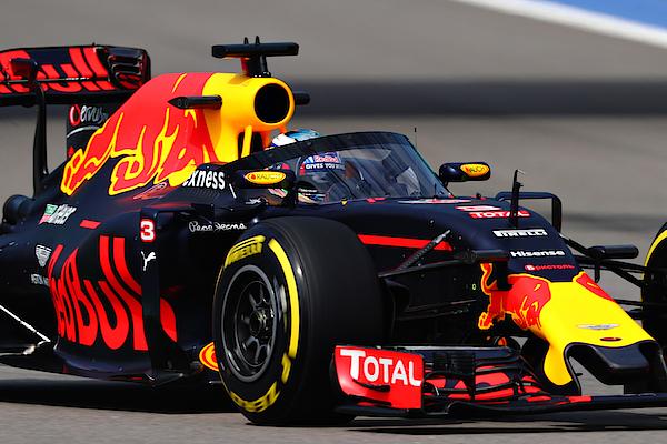 F1 Grand Prix Of Russia - Practice Photograph by Clive Mason