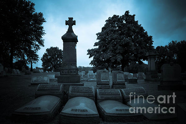Alleghenycounty Photograph - Family At Rest by Amy Cicconi