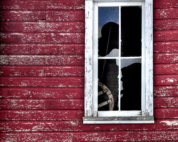 Window Photograph - Ft Collins Barn Window 13568 by Jerry Sodorff