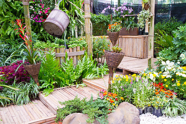 Garden Photograph - Garden Beautiful by Boon Mee