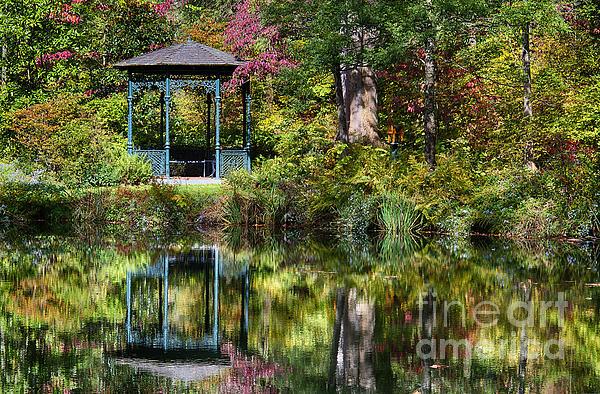Delaware Photograph - Gazebo Retreat by John Greim