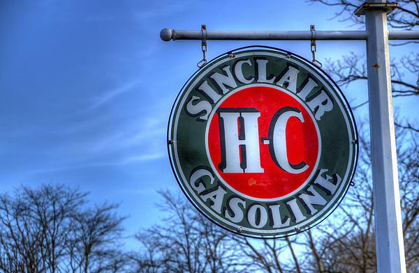 H-c Photograph - H-c Sinclair Gasoline by David Simons