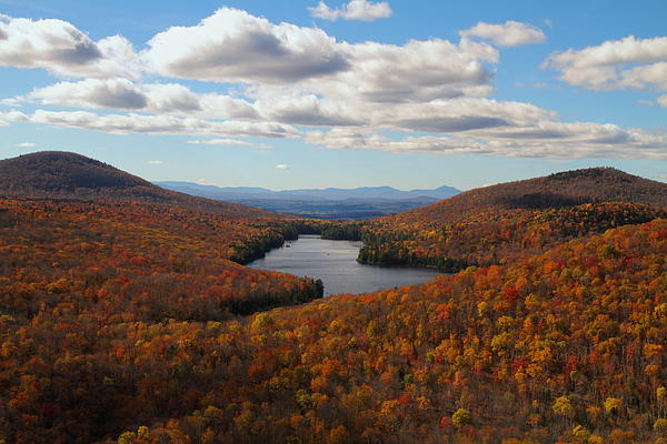 Owl Photograph - Kettle Pond At Owls Head In Autumn by Jetson Nguyen