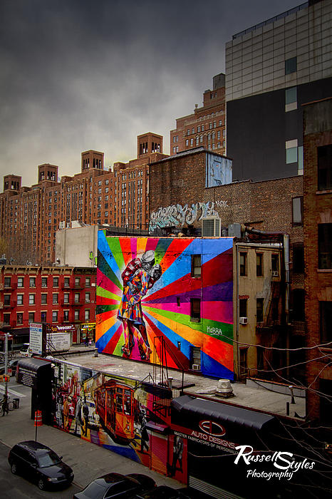 Graffiti Photograph - Kiss Me On The High Line by Russell Styles