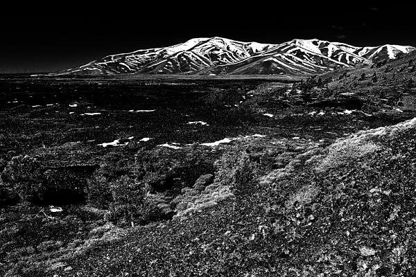 Craters Photograph - Lavascape by Benjamin Yeager