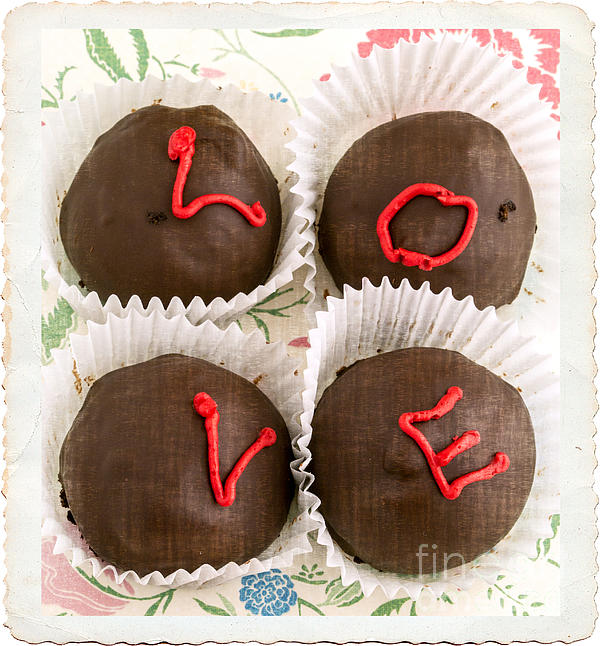 Love Photograph - Love Cakes by Edward Fielding