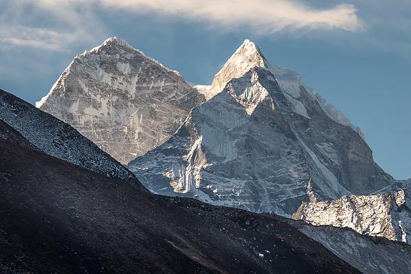 Mount Kangtega Peak, Solukhumbu, Everest Region, Nepal Photograph by Pakawat Thongcharoen