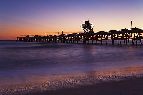 California Photograph - Municipal Pier At Sunset San Clemente by Richard Cummins