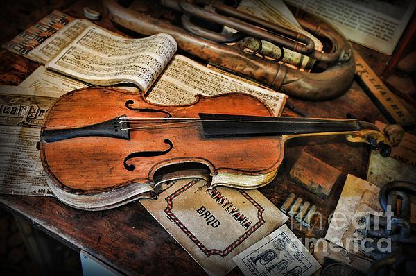Paul Ward Photograph - Music - The Violin by Paul Ward
