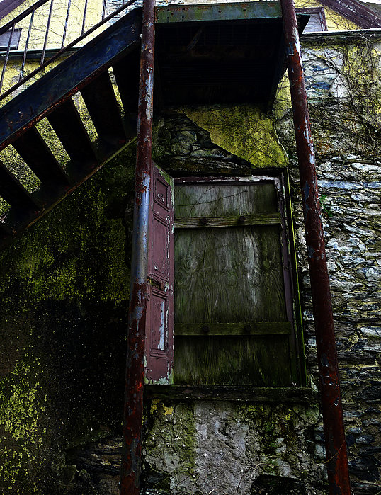 Abandoned Photograph - No Entry by Richard Reeve