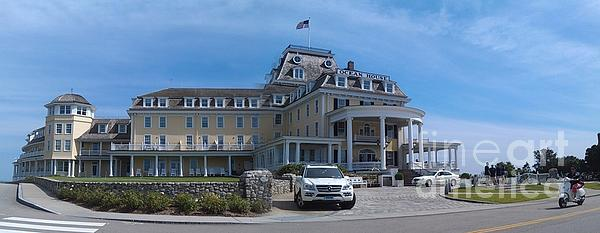 Ocean House Photograph - Ocean House Pano - Rhode Island by Anna Lisa Yoder