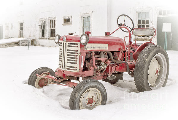 House Photograph - Old Red Tractor In The Snow by Edward Fielding