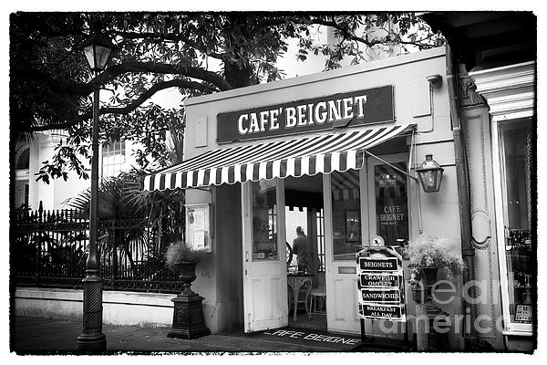 Orleans Cafe Beignet Photograph - Orleans Cafe Beignet by John Rizzuto