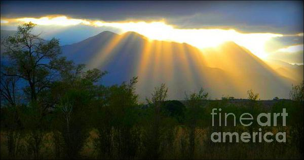 Mountain Photograph - Rays From Heaven by Michelle Frizzell-Thompson