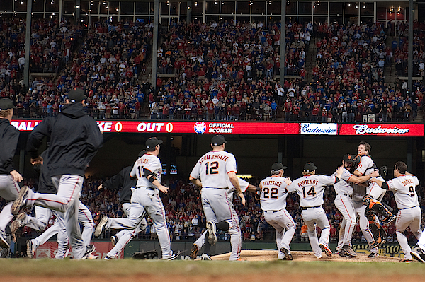 San Francisco Giants V Texas Rangers, Game 5 Photograph by Rob Tringali