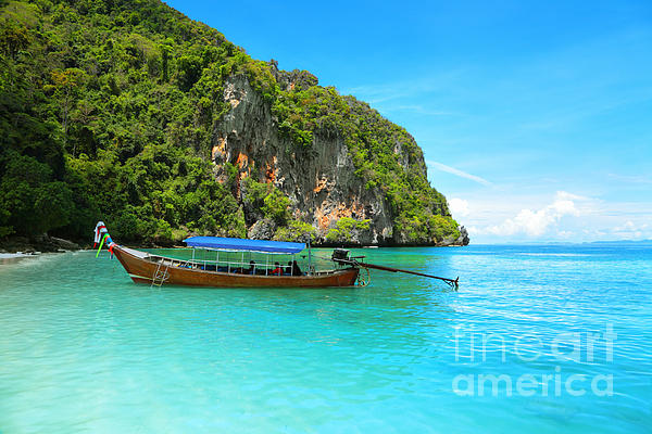 Mountains Photograph - Sea Beautiful And Mountains by Boon Mee