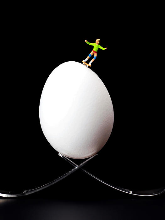 Skate Photograph - Skateboard Rolling On A Egg by Paul Ge