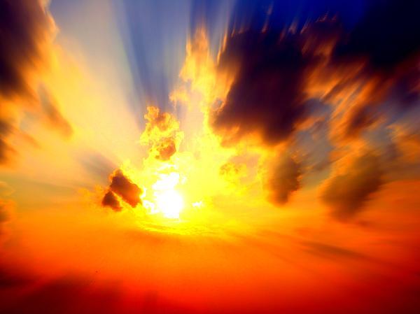 Sun Photograph - Sun Rays by Jose Lopez