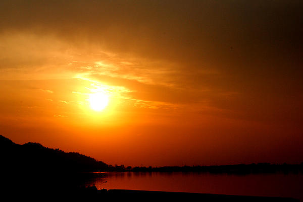 Dal Lake Photograph - Sun Set- Viators Agonism by Vijinder Singh