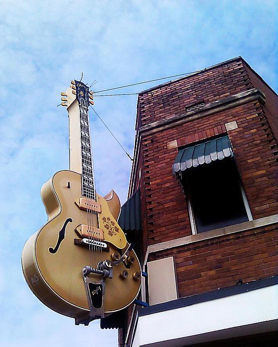Guitar Photograph - Sun Studio Entrance by Suzanne Barber