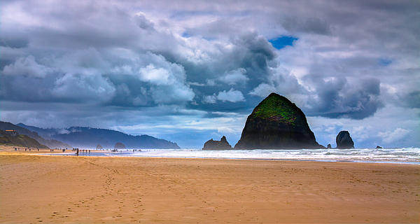 Cannon Beach Photograph - The Beautiful Cannon Beach by David Patterson