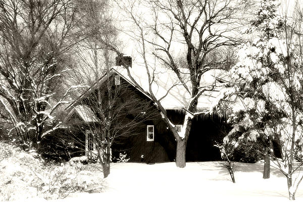 House Photograph - The Old Red House by Heather Allen