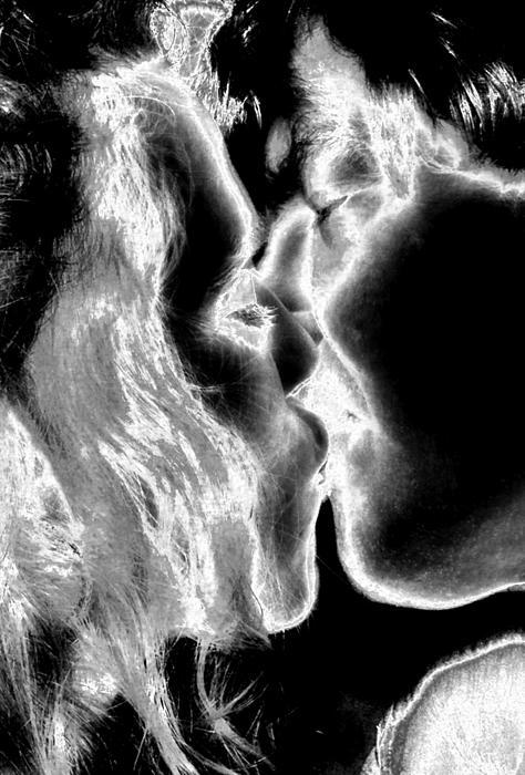 Kiss Painting - This Kiss by Rebecca Flaig