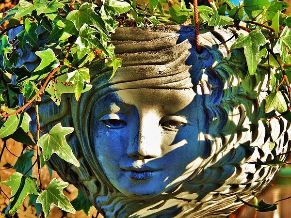 Garden Photograph - Told In A Garden by Helen Carson