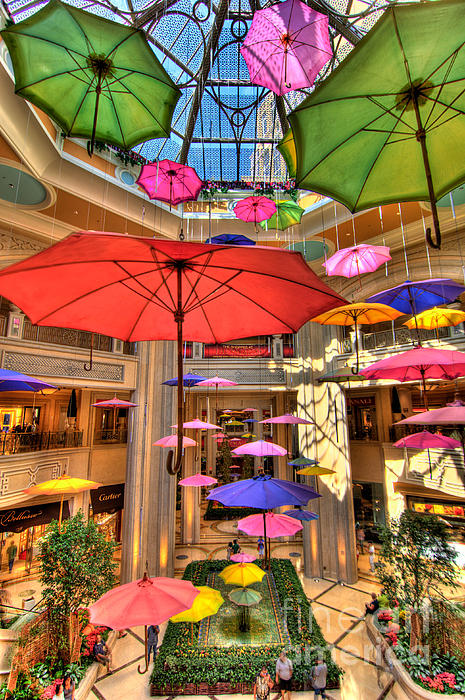 Art Photograph - Umbrellas At Palazzo Shops by Amy Cicconi