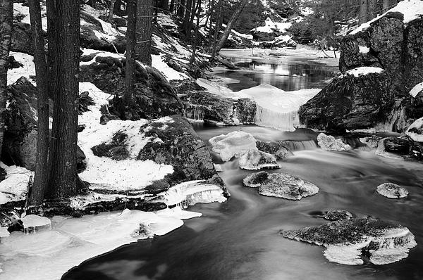 River Photograph - Winters Grace by Luke Moore
