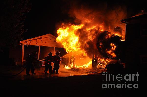Structure Fire Photograph - Working Garage Fire by Steven Townsend