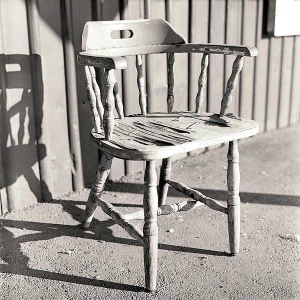 Weathered Photograph - Wylies Chair by Will Gunadi