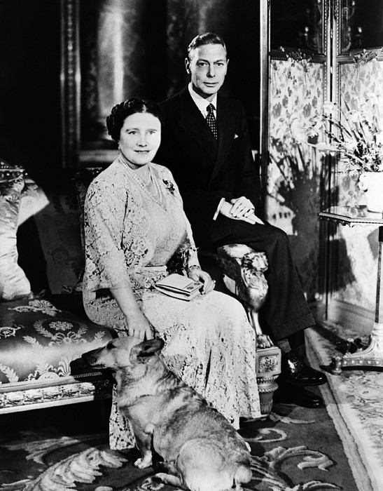1940s Photograph - British Royalty. British Queen by Everett