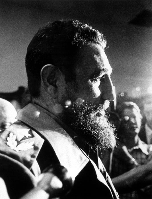 Beard Photograph - Fidel Castro, In 1974 by Everett
