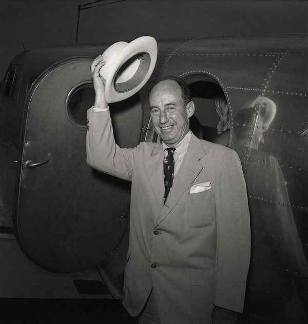 History Photograph - 1952 Presidential Nominee Adlai by Everett