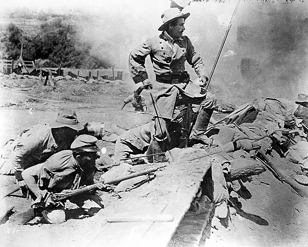 1915 Photograph - Birth Of A Nation, 1915 by Granger