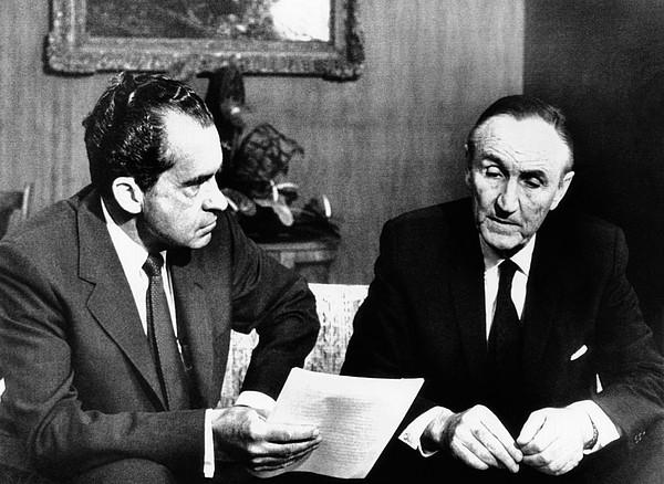 History Photograph - President Richard Nixon Meets by Everett
