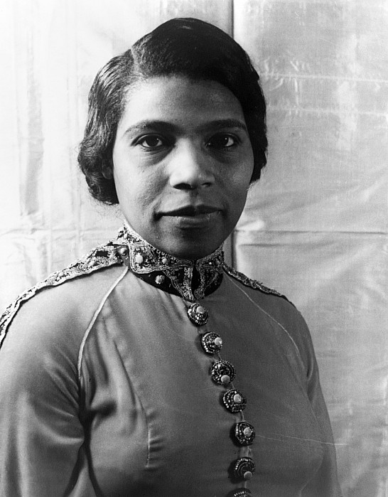 1940 Photograph - Marian Anderson (1897-1993) by Granger