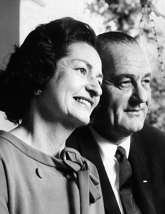 History Photograph - President Lyndon And Lady Bird Johnson by Everett