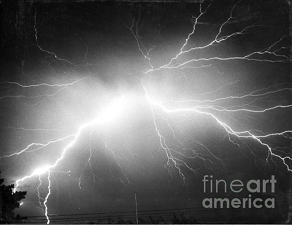 Science Photograph - Lightning by Science Source